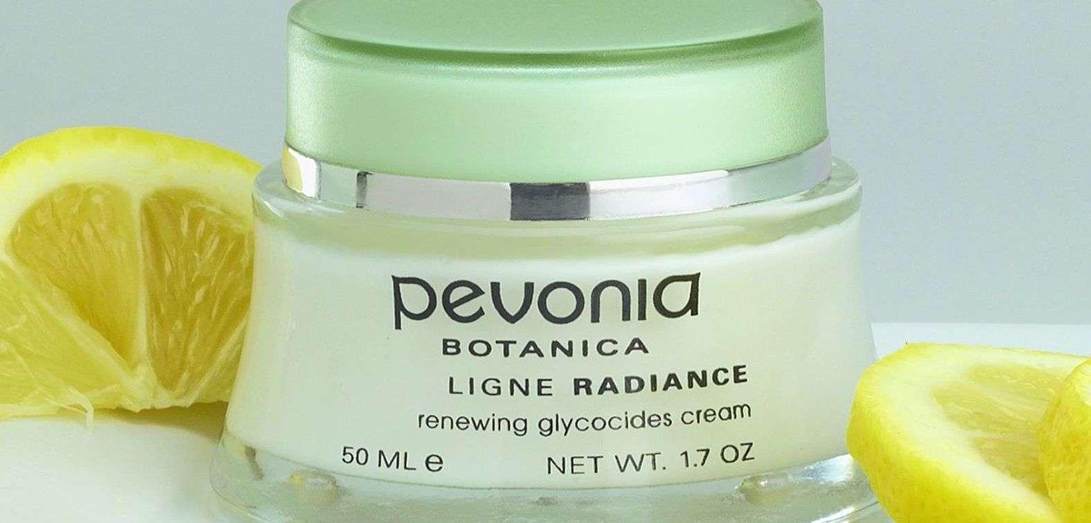 Pevonia Products at Monart